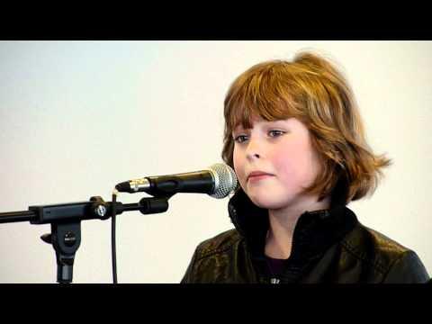 IBM Kidzday 2010 Karaoke SOLO Bo Voorend