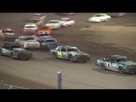 IMCA Hobby Stock feature Independence Motor Speedway 8/12/17