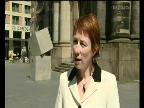 Dresden reacts to Bomber Command statue 29.06.12