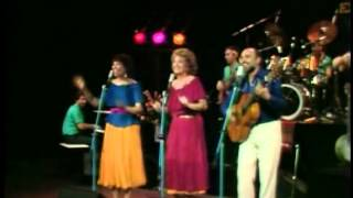 Sharon Lois And Bram: Turkey In The Straw