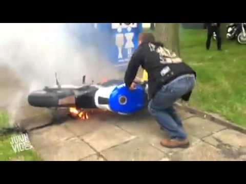 Burnout fail bike goes on fire