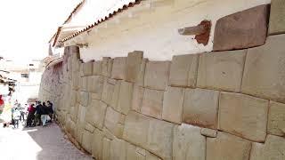Megalithic stone work Cusco  Lima(1)