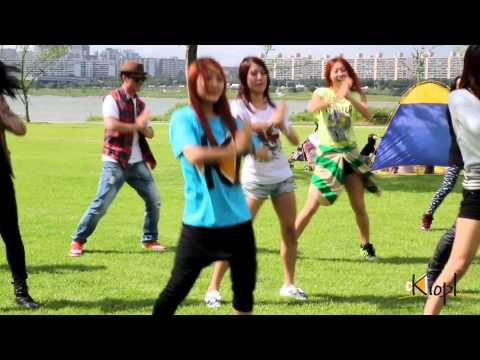 [KIOPL] 2nd Dance Flashmob Event - WAKA WAKA