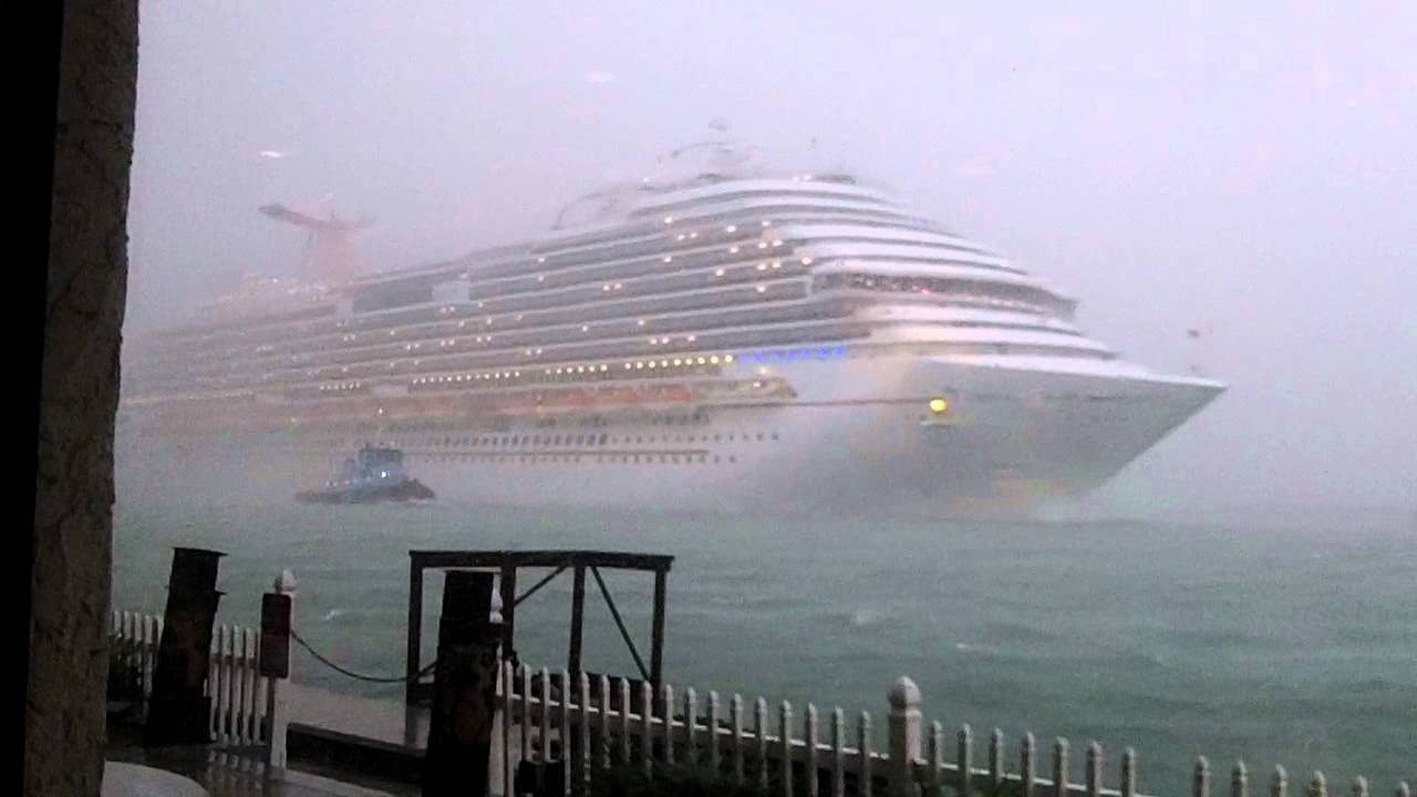 Carnival Dream Leaving Port Canaveral In Storm Youtube