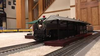 Model Train Mondays: Episode 97: High Speed Santa Fe freight and Union Pacific passenger train