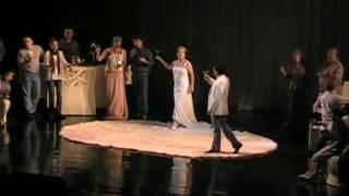Anna Netrebko & Charles Castronovo - Brindisi from La Traviata(, 2009-06-16T06:31:38.000Z)