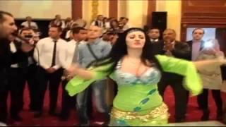 شاهد غناء ورقص صافيناز على اغنية يا واد انته يا اجنبى فى احد الافراح 2016