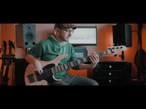Laszlo Demeter - Bass, Drumprogramming - absurdcus - the