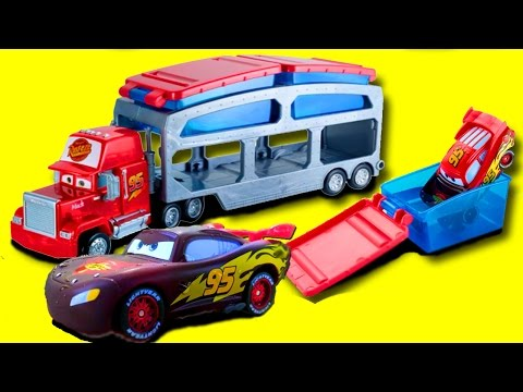 Disney Pixar Cars Lightning McQueen and Red Mack Hauler Dip & Dunk Trailer Color Changers Magic Toys