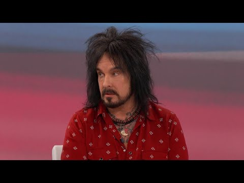 Advice for Struggling Addicts from Rocker Nikki Sixx