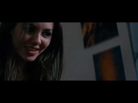Victoria Justice | Hot Kissing Scene in NKL from YouTube · Duration:  1 minutes 32 seconds