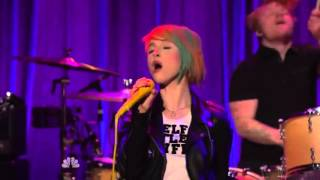 "Paramore - ""Ain't It Fun"" Live at Late Night with Seth Meyers"