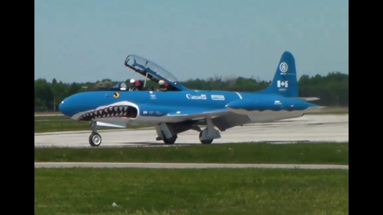 T-33 Mako Shark Action In London, ON (YXU)