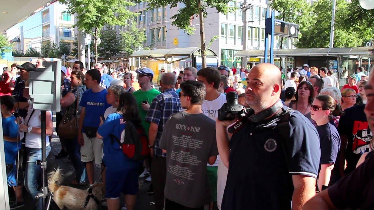 Adler Mannheim Trikotpräsentation 2012  YouTube -> Tv Lowboard Quoka Mannheim