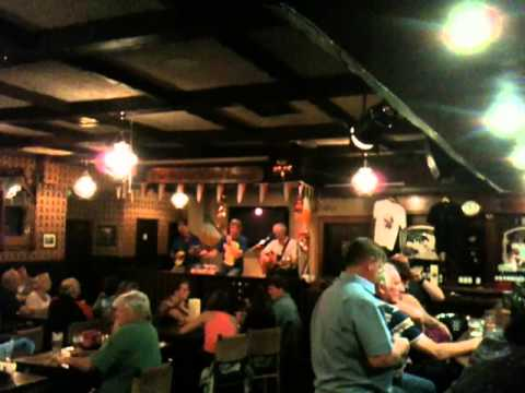 Live Irish Music @ Danny Mann's Pub #4