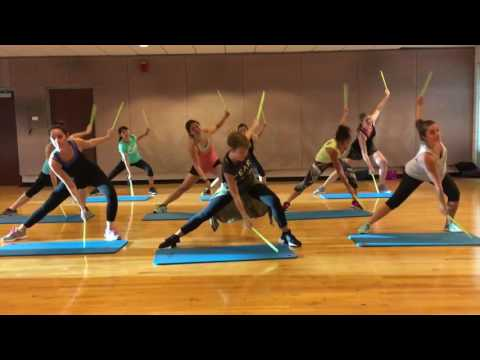 """""""MY SONGS KNOW WHAT YOU DID IN THE DARK"""" by Fall Out Boys - Dance Fitness Workout Valeo Club"""