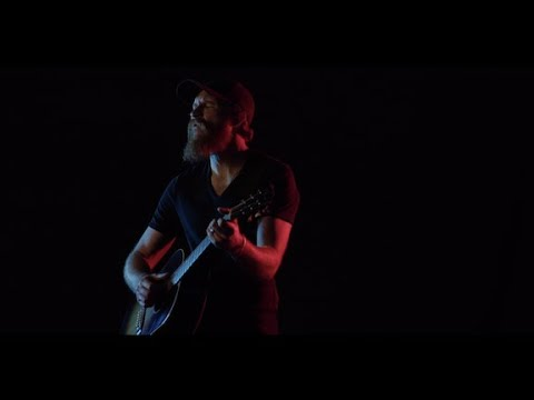 Eric Paslay – I Took A Pill In Ibiza (Official Video)