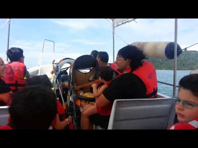 Speed boat to Sapi island in Sabah Travel Video
