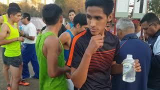 """Flecha News TJ - El """"Marroquí"""" Gonzalo Cruz a la milla élite de Tj. Tira 4:28 milla sin problemas!"""