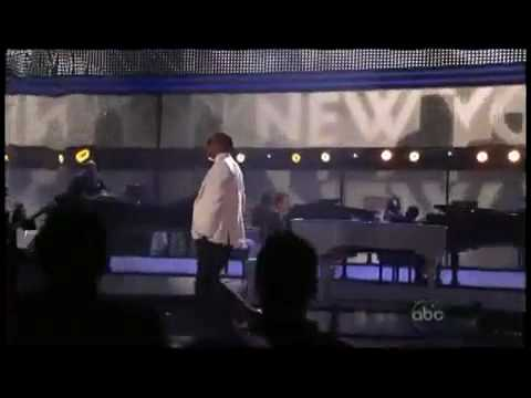 Jay Z & Alicia Keys - Empire State of Mind - Live Amercian Music Awards 2009