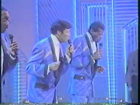 Soul Train 1990' Performance - The Temptations - Soul To Soul!