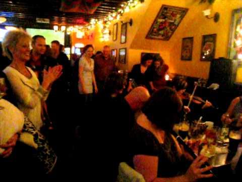 O'Neill's Irish Pub, Manhattan - Traditional Music (Part 1)