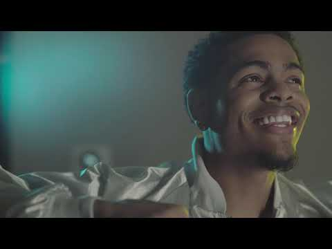 Mechie So Crazy 'Wake Up'  Official Video