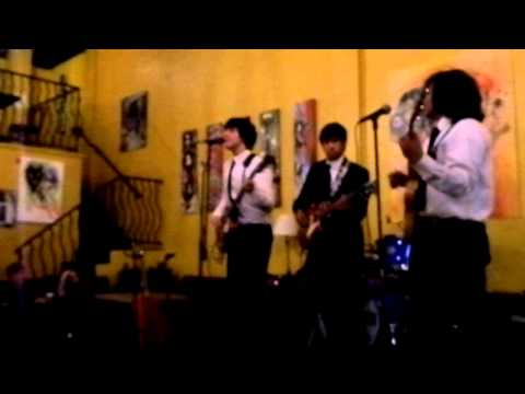Twist and Shout/Clarabella- The Beatles cover by The Rollers mp3