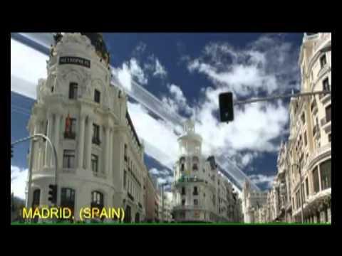 La Luna: se aleja 3.8 cms por año. Documental | FunnyCat.TV
