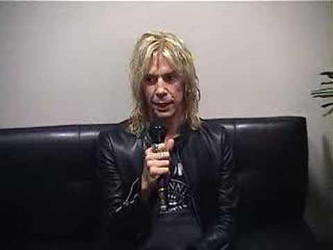 Check Out GALLIEN KRUEGER Amplifiers with Duff McKagan