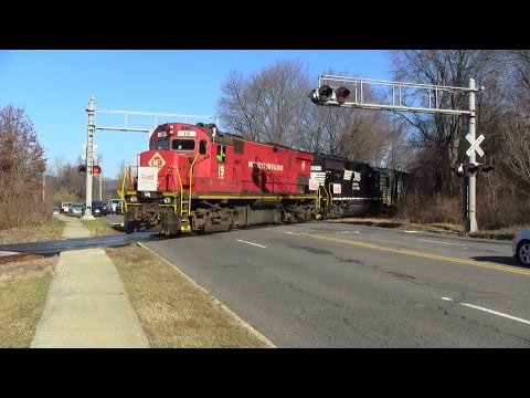 The Morristown & Erie Toys For Tots Train 2015 12/5/15 - My 1800th Video