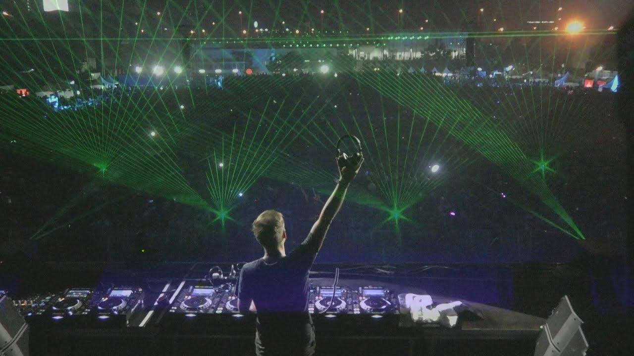 Armin van Buuren live at A State Of Trance 850 - Bangkok, Thailand