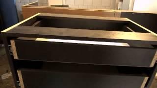 видео Этажерка для кухни: выбор модели