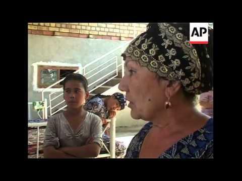 Ethnic Uzbeks vote in Osh, Internally Displaced camp