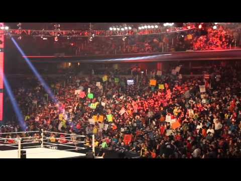WWE RAW LIVE 2013 - 04 - 01 VERIZON CENTER(3)