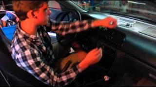 Install/uninstall stereo in 1996 Honda Accord