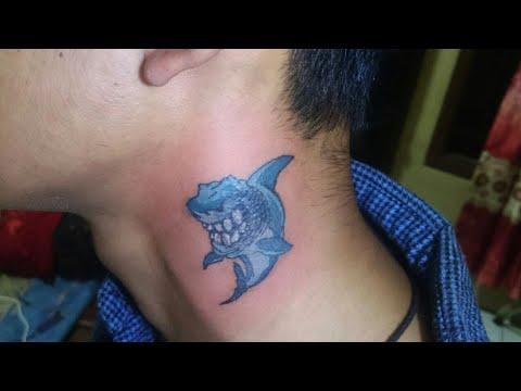 Proses Tato Di Leher By Chal Ink Tattoo Studio Cipondoh Tangerang Shark Tattoo Seni Lukis Tattoo Youtube