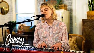 Canary Sessions: Victoria Victoria