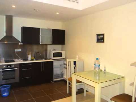Fully furnished apartment for rent in Pacific Place Building