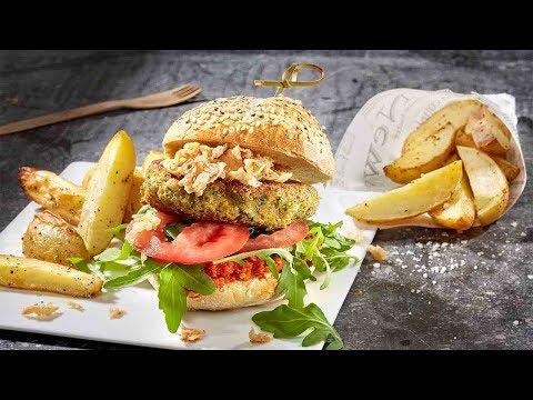 recette-burger-veggie-potiron-quinoa-et-pommes-de-terre-au-four-–-colruyt