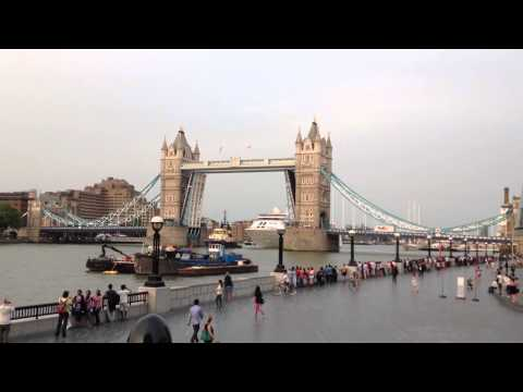 Silver Cloud cruise ship going under Tower Bridge