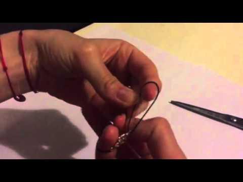 Как завязать браслет на нити
