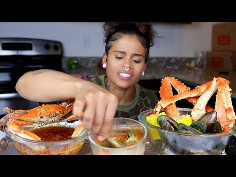 King Crab + Green Lipped Mussels SEAFOOD BOIL Mukbang
