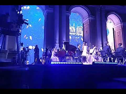 "Сабина Мустаева поёт на Open Air ""BOHEMIAN RHAPSODY""."