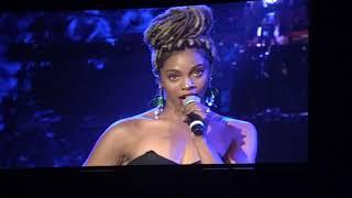 "Baixar Jade Novah - ""Oh Holy Night"" (Stevie Wonder's House Full of Toys Benefit Concert)"