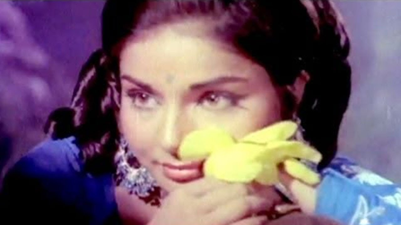 Download Tere Hoton Ke Do Phool - Sanjeev Kumar, Rakhee, Paras Song (Duet)
