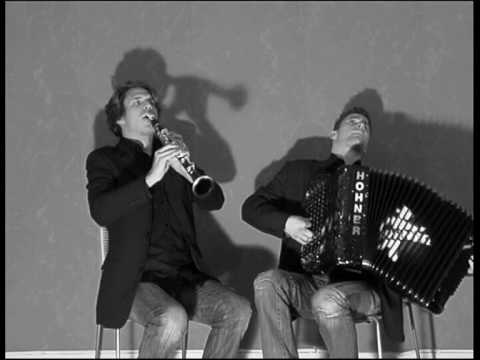 DUO SYRIUS TANGO POUR CLAUDE LIVE (NOUGARO-GALLIANO) Travel Video