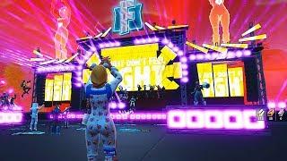NUNCA VI NADA TÃO INCRÍVEL ASSIM!!! LINDO DEMAIS!!! (Marshmello show event - Fortnite)