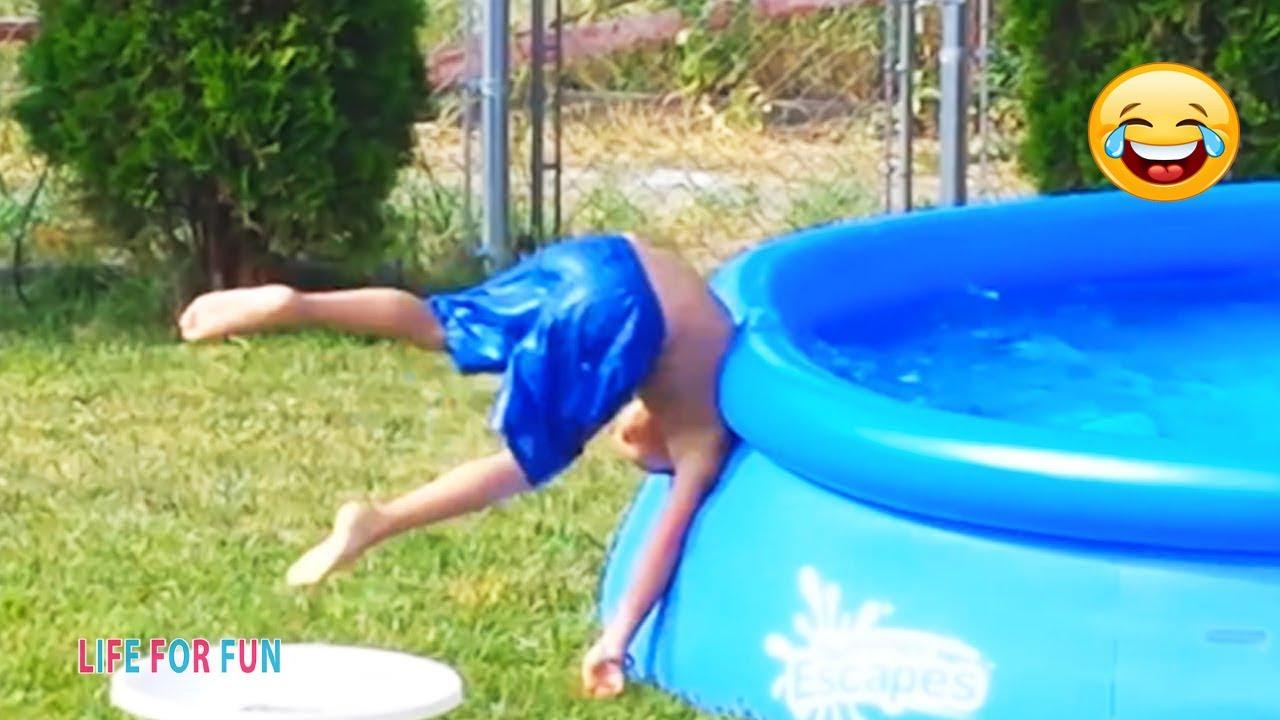 Я РЖАЛ ДО СЛЕЗ? Смешные видео 2021 ● неудачные падения в воду, подборка Приколы над людьми #1 онлайн томоша килиш