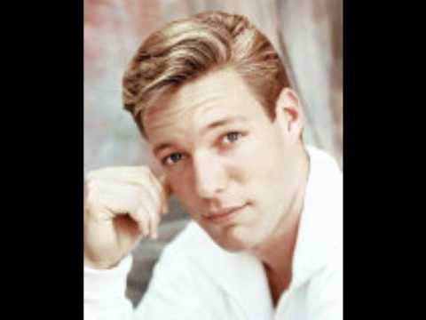 Richard Chamberlain - All I Have To Do Is Dream